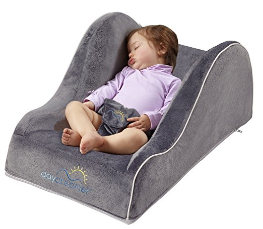 hiccapop Day Dreamer Sleeper Baby Lounger Seat for Infants – Travel Bed – Bassinet Alternative, Charcoal Gray