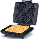 Maquina de waffle DASH DNMWM455SL – 110v