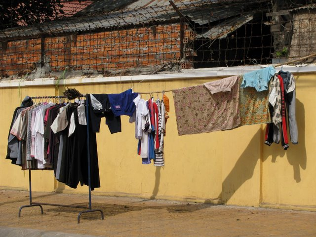 laundry or second-hand clothes for sale?