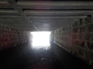Tunnelin päässä valoa