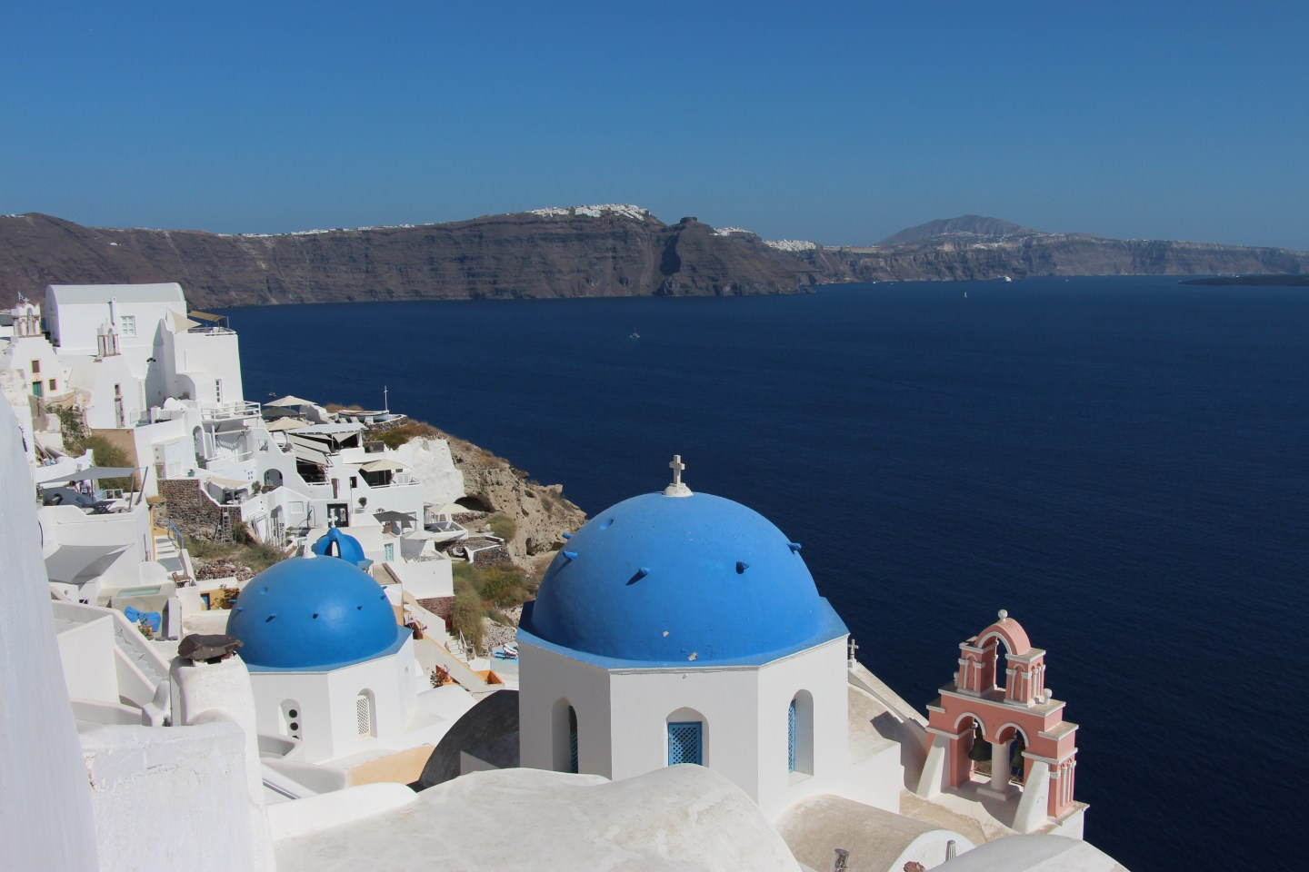 Mia Goes M.I.A. Top things to do in Santorini even if you aren't on your honeymoon