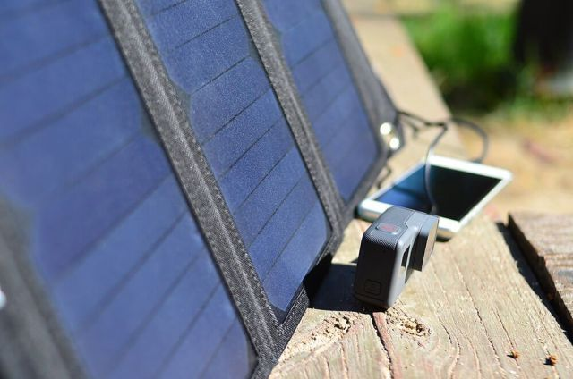 aukey usb cargador solar