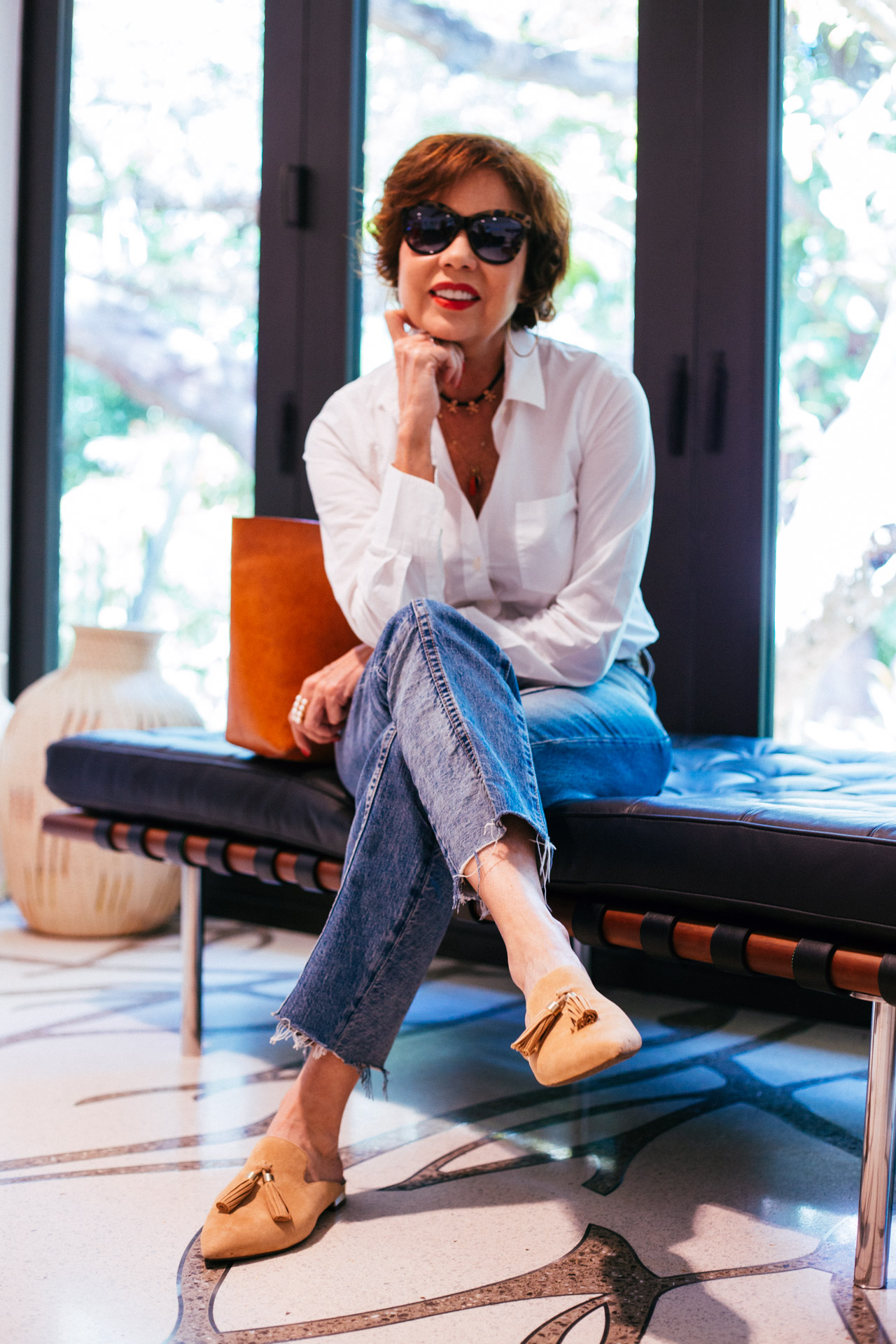 miami-based-fashion-blogger-chuky-reyna-wears-rockport-slides