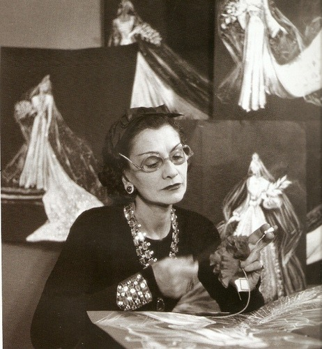 gabrielle-coco-chanel-in-action