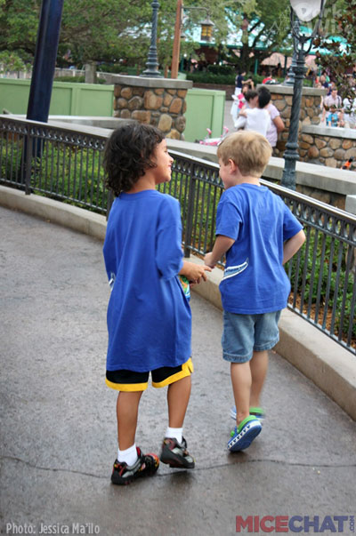 What Shoes Should You Wear To Disney World