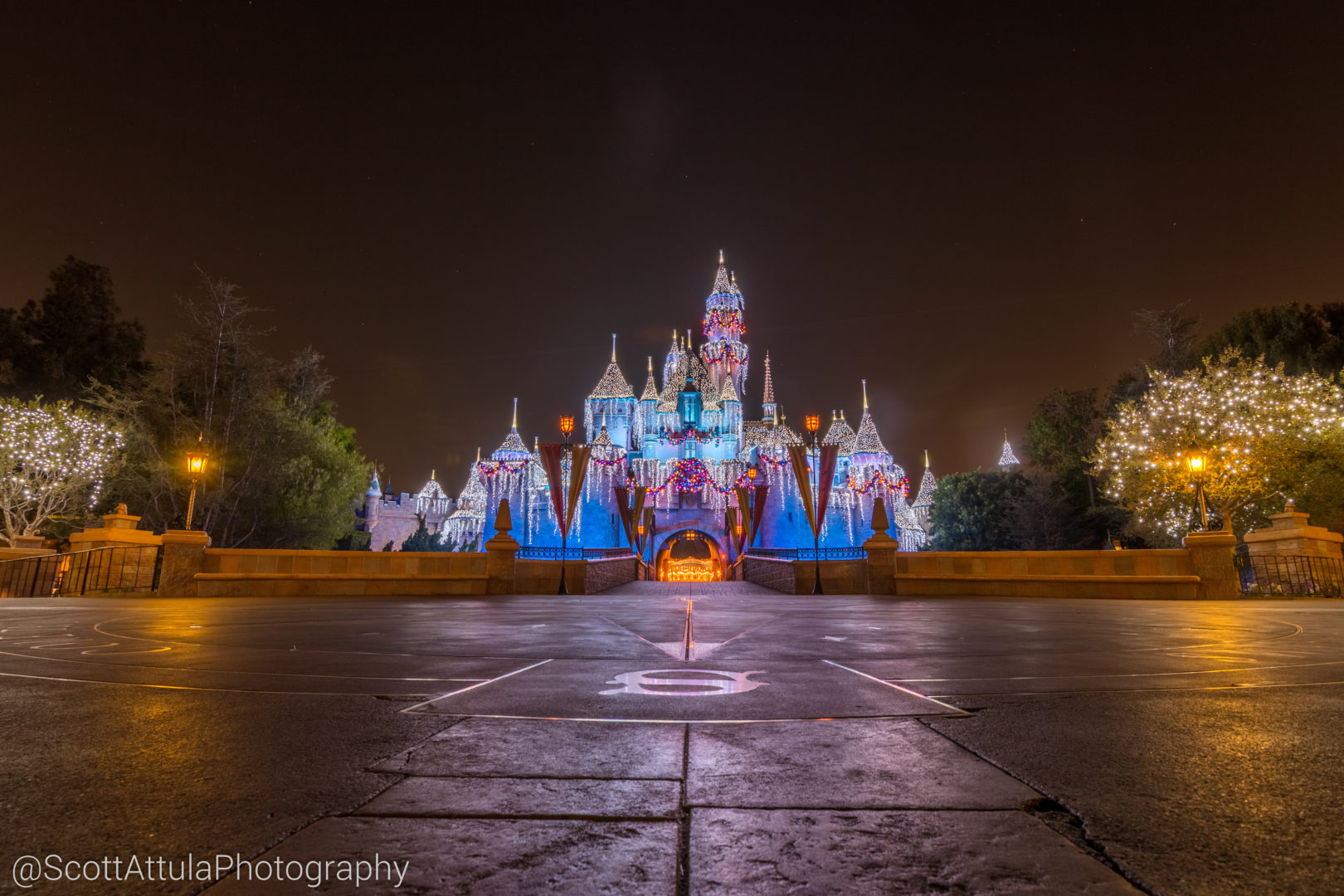 Micechat disneyland resort features disneyland year in review disneyland year in review 2017 part 2 these are the memories you are looking for freerunsca Choice Image