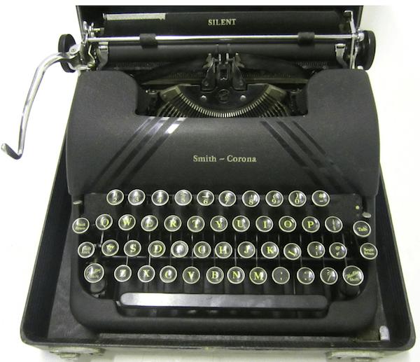 Smith Corona Sterling, circa 1940s