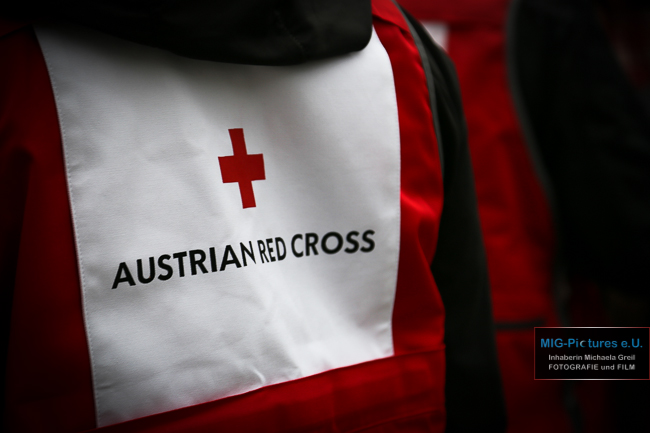 "Gastbeitrag ÖRK-Online – ""Was verdienen Flüchtlinge?"" inkl. Fotos: fb-Status"