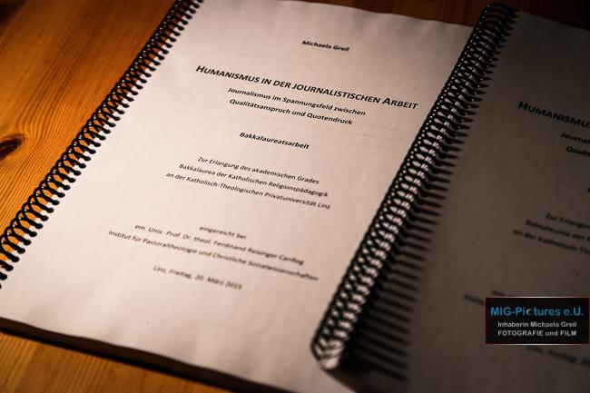 """Nachtrag: It's done… – Bakkalaureatsarbeit eingereicht! – """"Humanismus in der journalistischen Arbeit. Journalismus im Spannungsfeld zwischen Qualitätsanspruch und Quotendruck"""""""