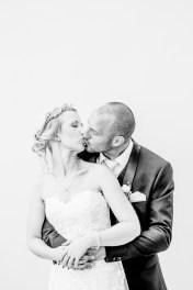 schwarz weiß Brautpaar Foto Hochzeitsfotografin Michaela Klose Paarfotos