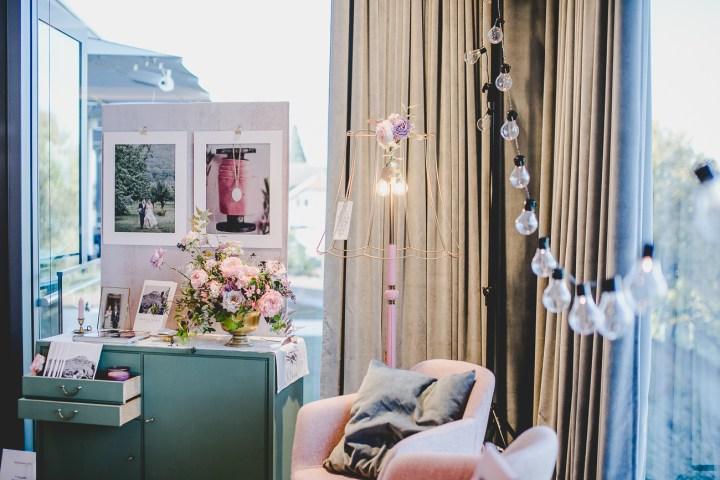 Hochzeitsmesse Fotograf Michaela Klose Bridalbooth Messestand Waldenburg Jutta Stehlampe