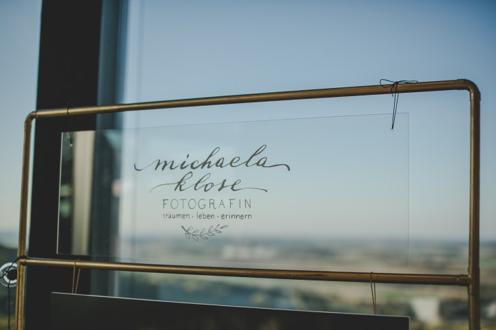 Hochzeitsmesse Fotograf Michaela Klose Bridalbooth Messestand Waldenburg Werbeschild Messeschild Logoschild DIY Handmade