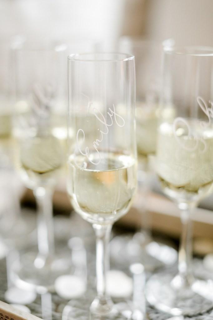 Bedruckte Sektgläser - Getting Ready - Hochzeitreportage