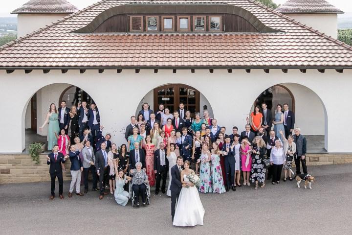 Gruppenfoto Hochzeit Weingut Kurz Wagner Michaela Klose