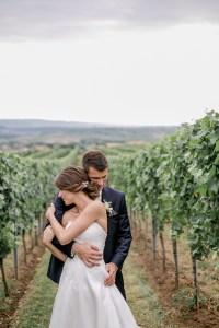 Brautpaar im Weinberg Hochzeit