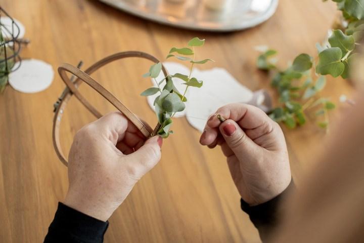 Kissing Ball DIY Weihnachten Hochzeit Greenery Hoop
