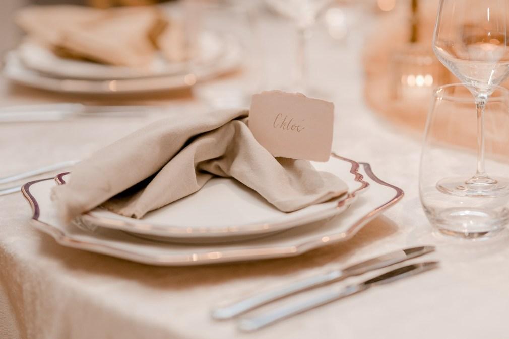schloss ehrenfels hochzeit fotografin styled shoot herbsthochzeit Table Setting Tischdeko