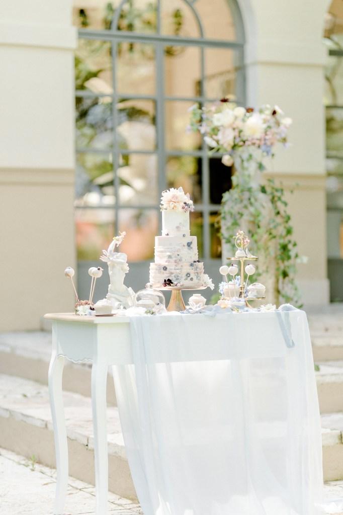 Sweettable Hochzeitstorte für die Fine Art Hochzeit