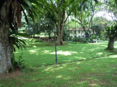 House on grounds of Botanical Gardens