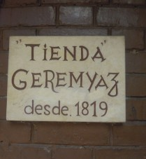 "Tienda means ""store"""