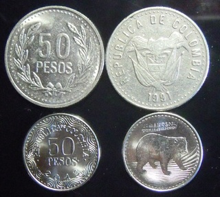 50 peso coins - Old on top and new on the bottom
