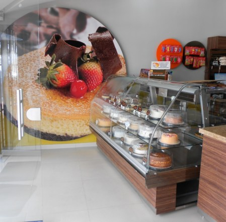 Inside of one of Productos Raido 7 locations