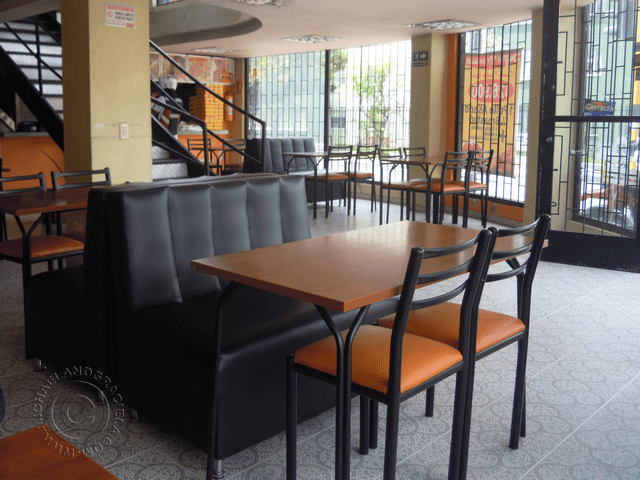Inside of first floor of Brasa Express at Avenida 19 with calle 154