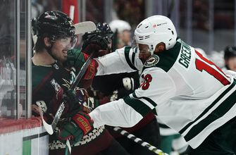 Kahkonen stops 24 shots in Wild's 5-1 win over Coyotes