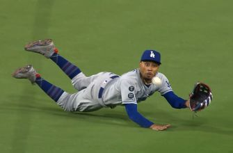 Mookie Betts makes spectacular game-winning diving catch to cap off Dodgers' 2-0 win over Padres
