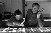 1-the-world-of-charles-and-ray-eames-charles-and-ray-eames-selecting-slides-c2a9-eames-office-llc