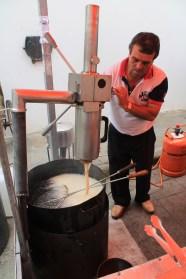 making churros!