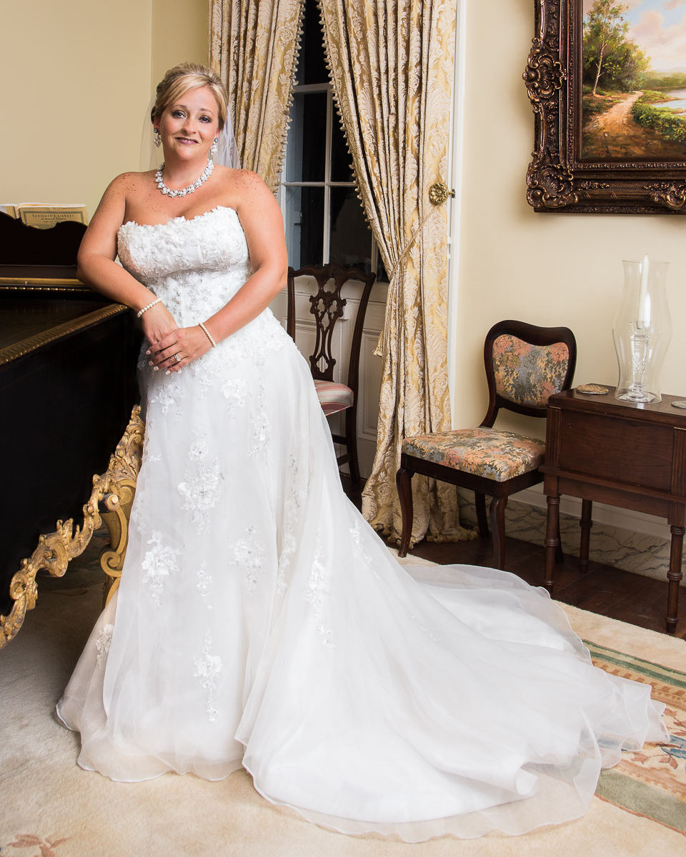 Portrait & Wedding Photographer in Natchez. Bridal Portrait of Mrs. Charles Mayfield.