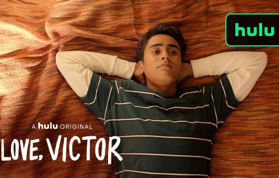 VIDEO: 'Love, Victor' Clip – Victor Leaves a Message for Simon