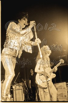 Lux Interior & Poison Ivy 3 [The Cramps - I Beam, SF July, 1986]
