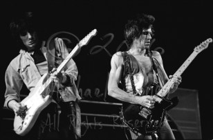 Ron Wood & Keith Richards 2b [The Rolling Stones - Rupp Arena, Lexington Ky 12-11-81]
