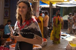Radina shops the new Mysore market