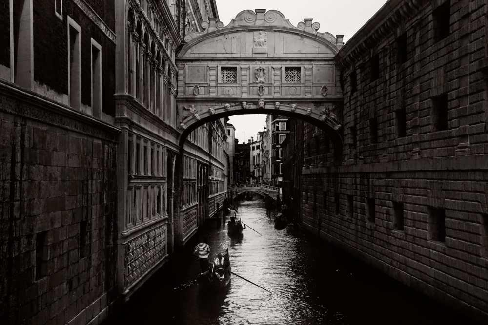 Venice Italy Limited Edition Photography Michael David Adams Photographer bridge of sighs gondola