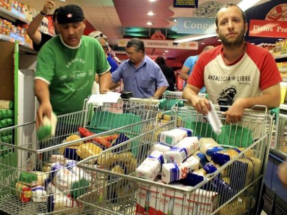 SAT members raiding supermarket