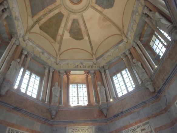 The Baptistery, Piazza Duomo, Città Alta - Interior
