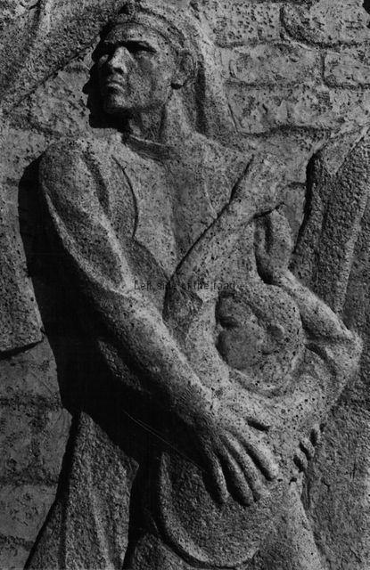 Monument to Borova, Erseke - 02