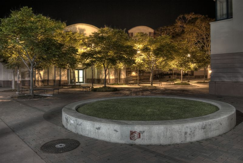 The Humanities and Social Studies building courtyard at UCSB, in HD.