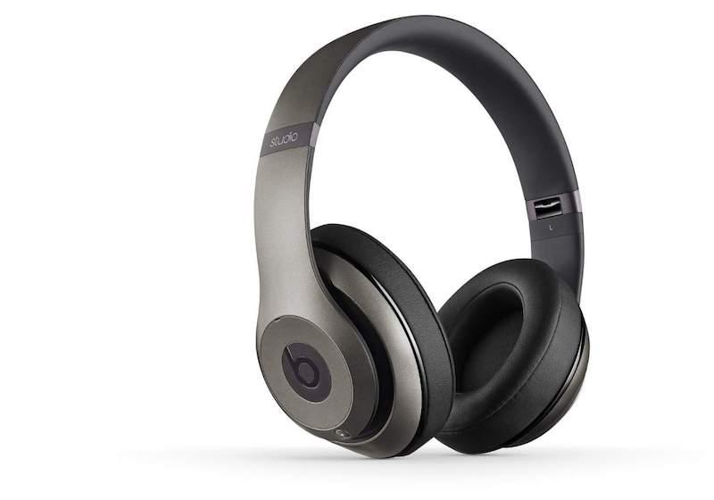 Beats vs Bose - Wireless Headphones Review