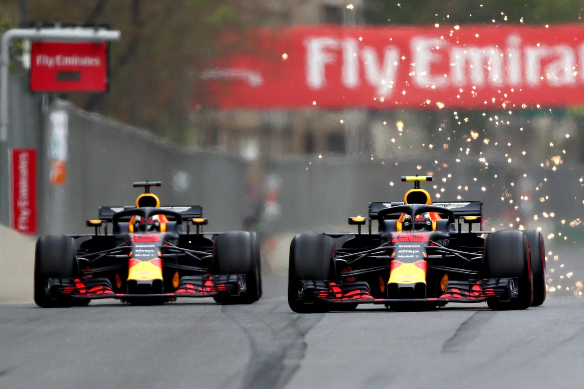 Daniel Ricciardo and Max Verstappen duel in the 2018 Azerbaijan Grand Prix.