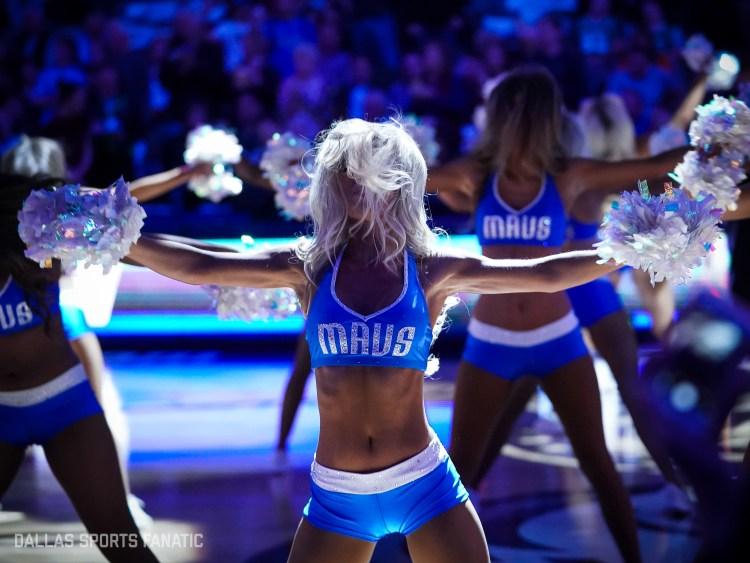 Dallas Sports Fanatic HQ-10-2