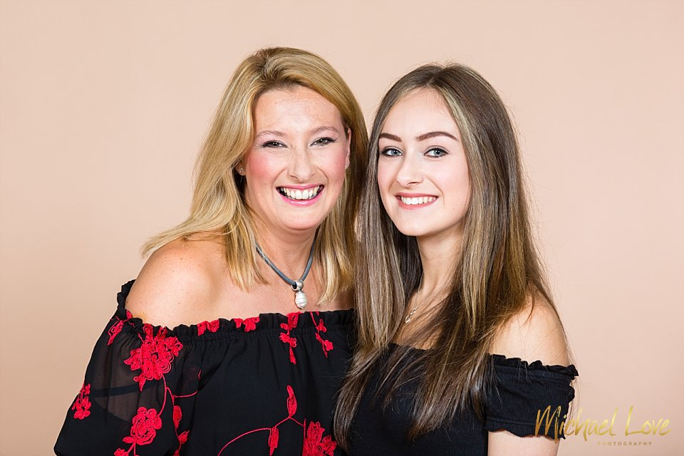 Portrait photo of mum and her daughter in the studio in Derry