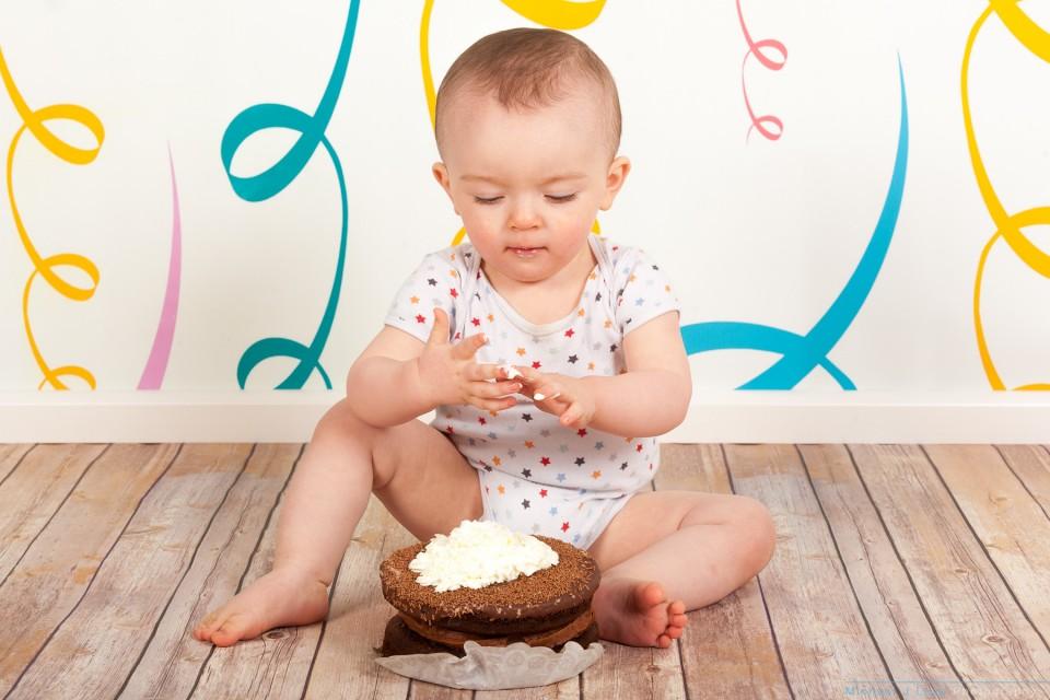 baby-children-studio-cake-smash-photos-001-IMG_8091