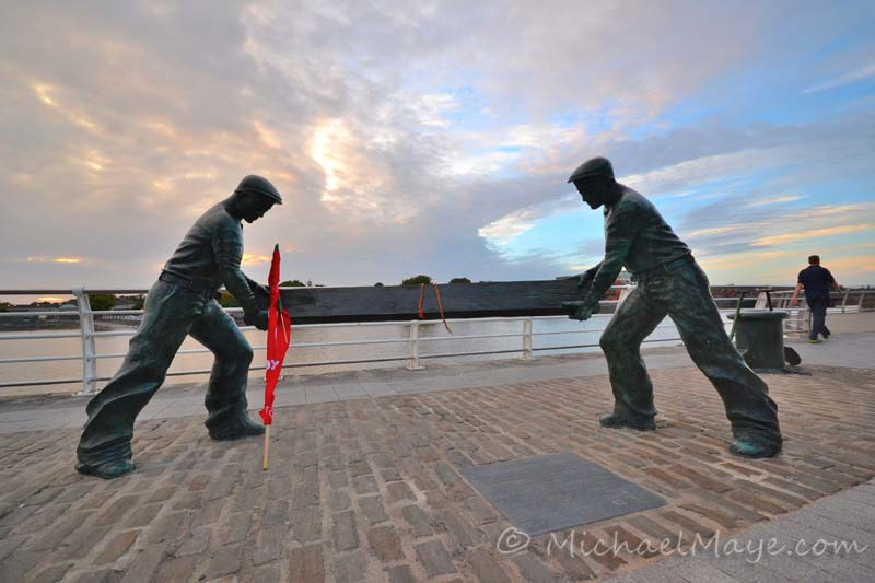 Dockers monument Limerick