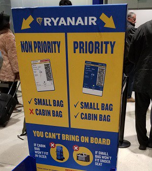 Ryanair Priority vs. Non Priority boarding and bag policies