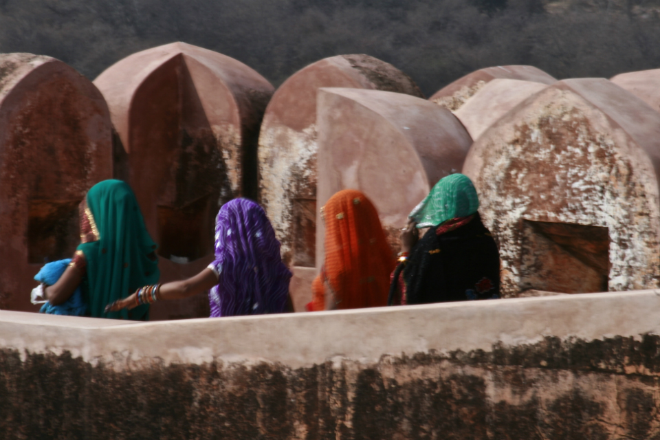women at fort
