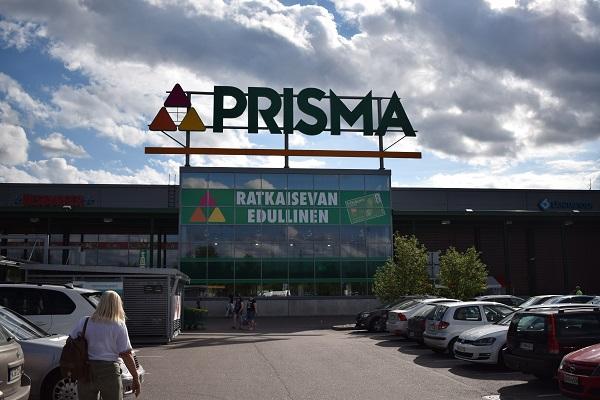 Prisma centro comercial tienda Finlandia
